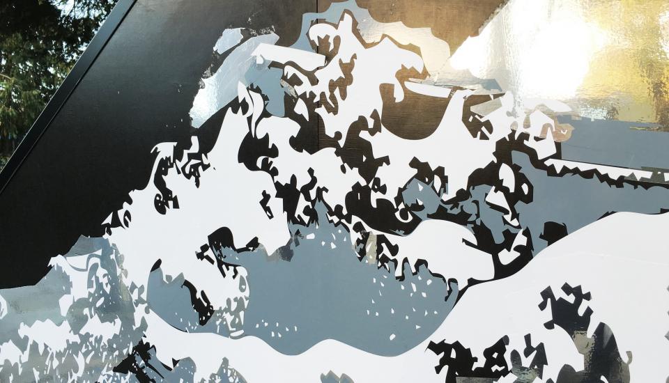Grafisk detalje - spejling og bølger - inspiration Odense Fjord